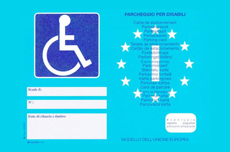 Come-si-usa-il-contrassegno-europeo-per-i-disabili