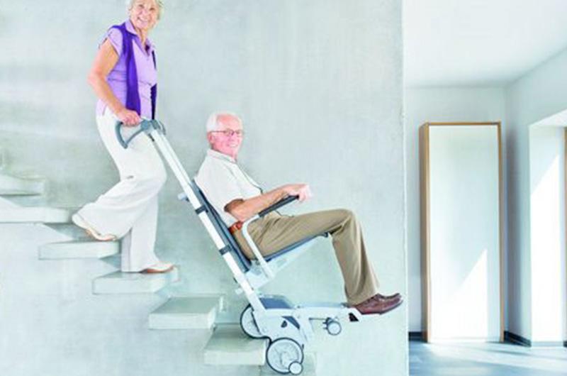 Montascale-e-ascensori-per-disabili-sussidi-che-migliorano-la-quotidianita